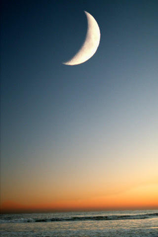 Half Moon iPod Touch Wallpaper