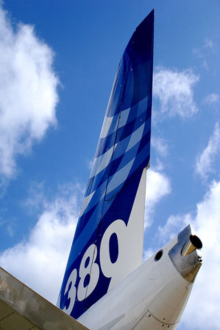 Airbus A380 iPod Touch Wallpaper