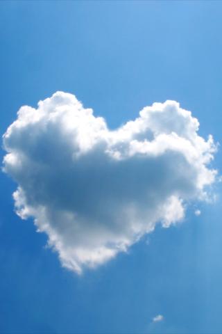 Heart Cloud iPod Touch Wallpaper