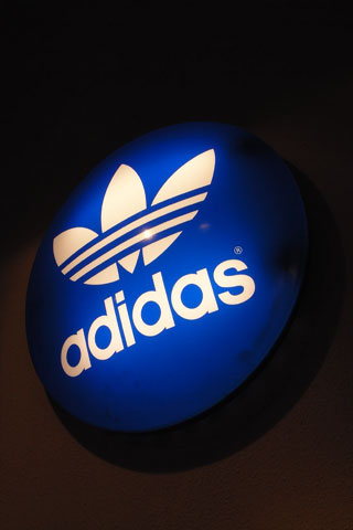 Adidas Retro iPod Touch Wallpaper